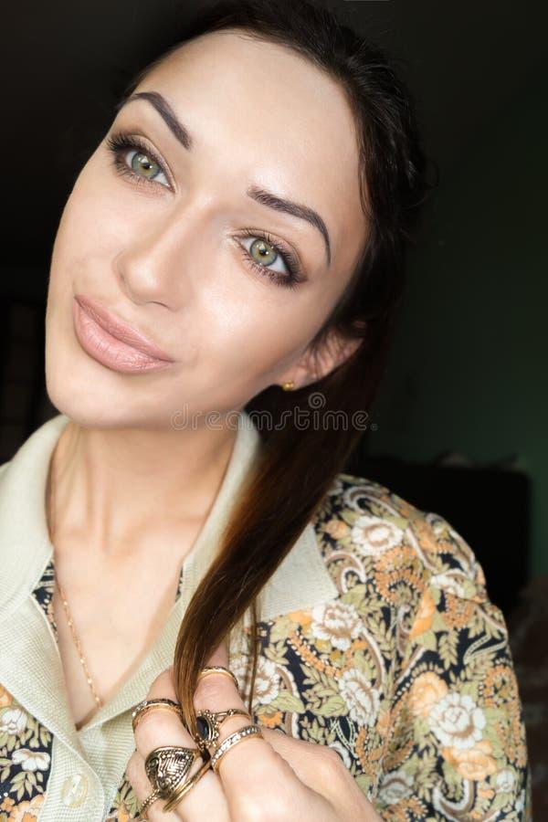 Όμορφο νέο λεπτό κορίτσι Selfie στοκ φωτογραφίες με δικαίωμα ελεύθερης χρήσης