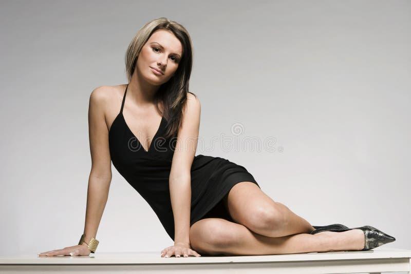 όμορφο ξανθό μοντέλο στοκ εικόνα με δικαίωμα ελεύθερης χρήσης