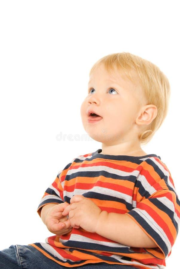 όμορφο παιδί που ανατρέχε&iot στοκ εικόνες με δικαίωμα ελεύθερης χρήσης