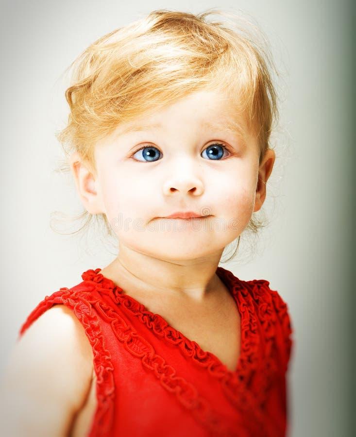 όμορφο παιδί στοκ εικόνα με δικαίωμα ελεύθερης χρήσης