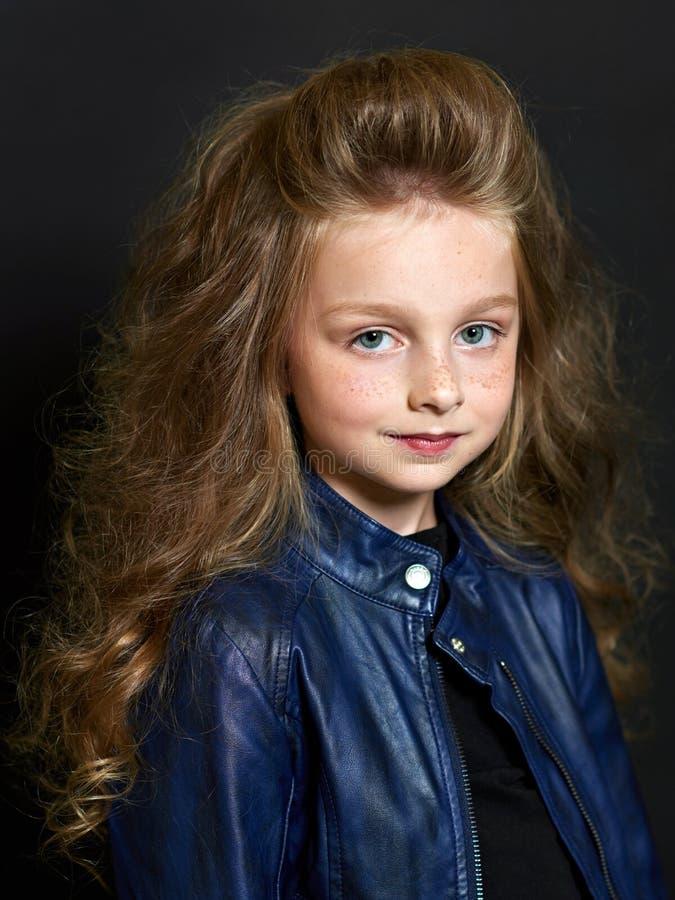 όμορφο πορτρέτο παιδιών στοκ εικόνες
