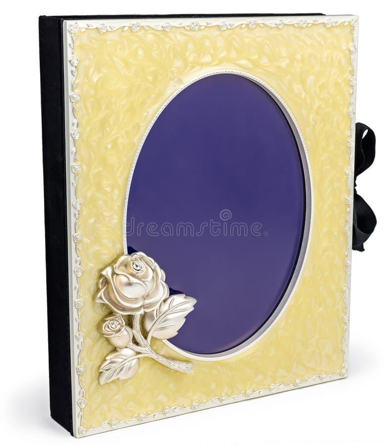 Όμορφο πλούσιο λεύκωμα φωτογραφιών με το πλαίσιο στο άσπρο backround στοκ εικόνα