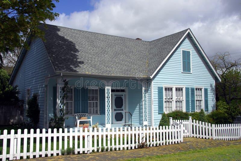 όμορφο σπίτι παλαιό στοκ εικόνες με δικαίωμα ελεύθερης χρήσης