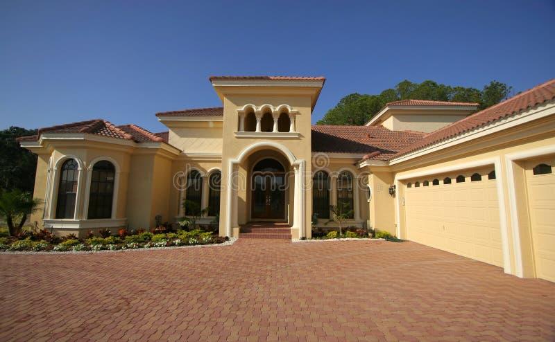 όμορφο σπίτι της Φλώριδας στοκ φωτογραφία με δικαίωμα ελεύθερης χρήσης