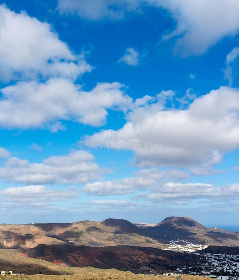 Όμορφο τοπίο νησιών Lanzarote, καναρίνι, Ισπανία στοκ φωτογραφίες