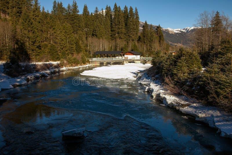 Όμορφο χειμερινό τοπίο κοντά στον καταρράκτη Krimml, Αυστρία στοκ εικόνες με δικαίωμα ελεύθερης χρήσης