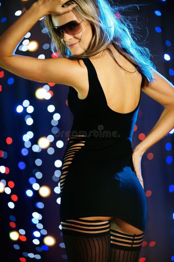όμορφο χορεύοντας θηλυ&kap στοκ εικόνες