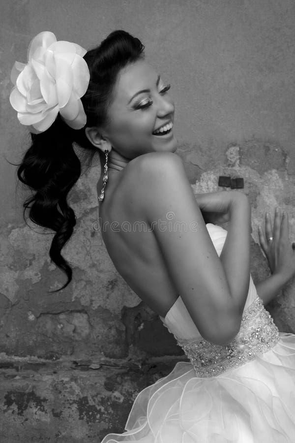 όμορφο brunette νυφών στοκ εικόνα με δικαίωμα ελεύθερης χρήσης