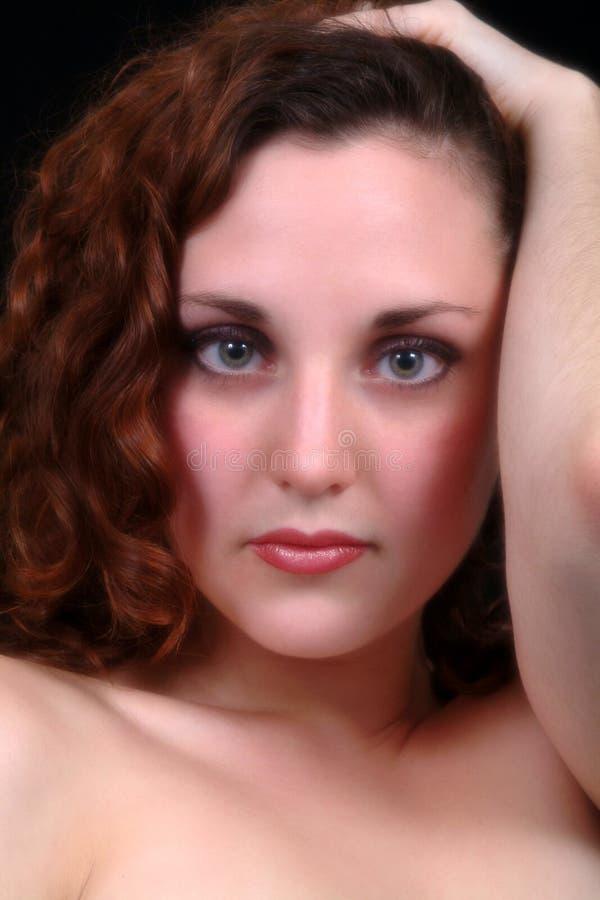 όμορφο brunette στοκ εικόνα με δικαίωμα ελεύθερης χρήσης