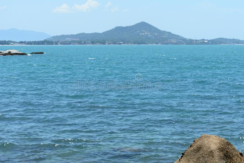 Όμορφο seascape στην ακτή του νησιού Koh Samui στοκ φωτογραφίες με δικαίωμα ελεύθερης χρήσης