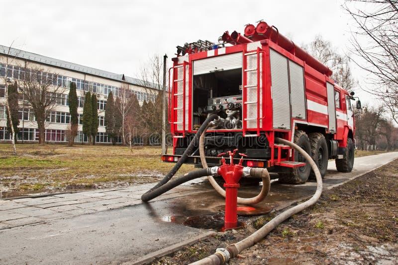 Όχημα πυροσβεστικών αντλιών στοκ εικόνα με δικαίωμα ελεύθερης χρήσης