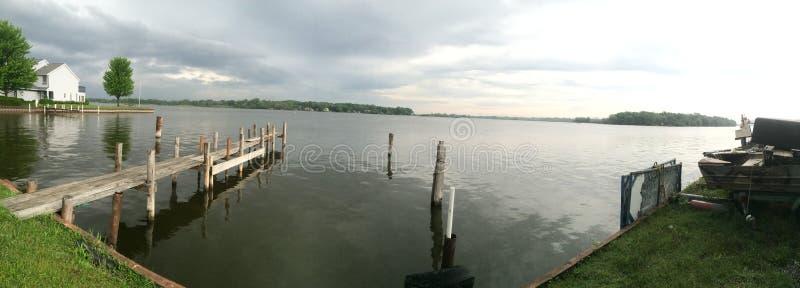 Όχθη της λίμνης στοκ φωτογραφία