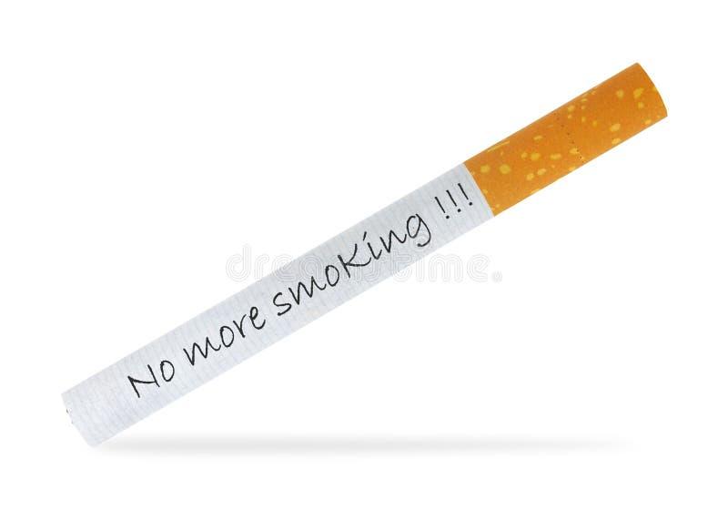 Όχι άλλο καπνίζοντας μήνυμα σε ένα τσιγάρο στοκ φωτογραφίες