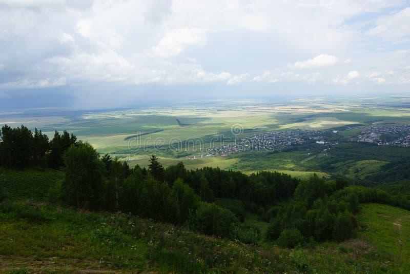 Όψη από το βουνό στοκ φωτογραφία με δικαίωμα ελεύθερης χρήσης