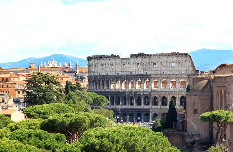 Όψη από το εθνικό μνημείο στο Colosseum, Ρώμη στοκ εικόνες