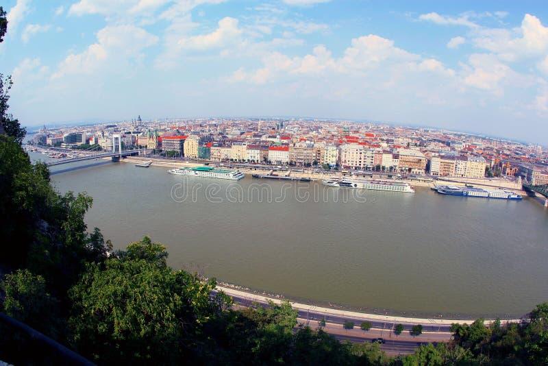 Download όψη Δούναβη στοκ εικόνες. εικόνα από ουγγαρία, τοπίο - 13184114
