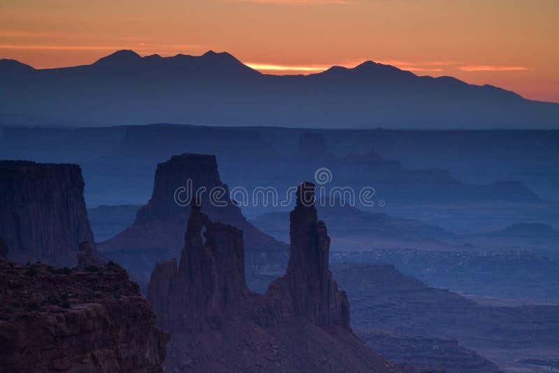 Όψη μέσω της αψίδας Mesa στοκ εικόνες
