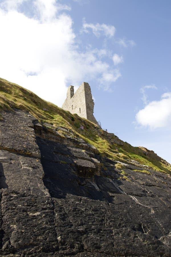 Όψη προσώπου απότομων βράχων των καταστροφών κάστρων στοκ εικόνα
