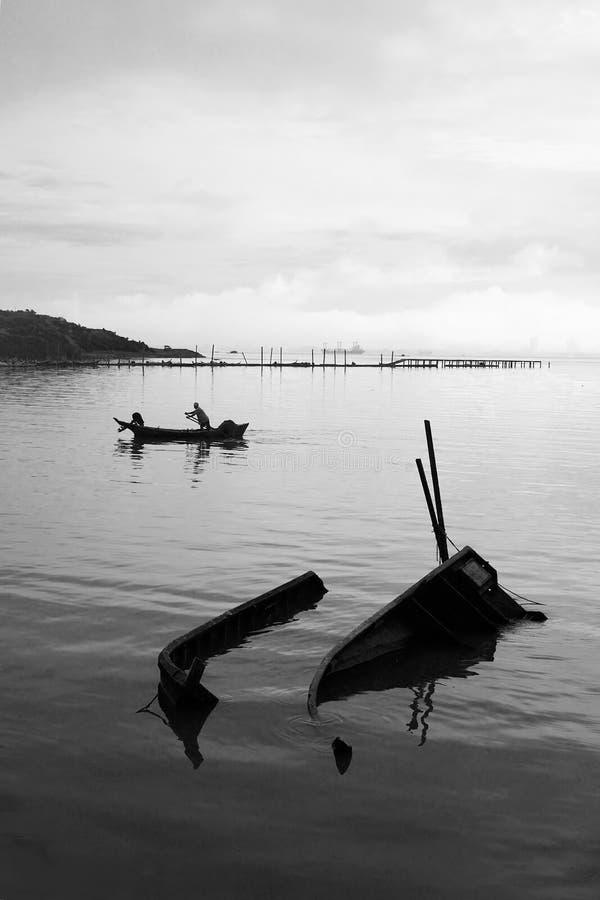 Download όψη πρωινού στοκ εικόνες. εικόνα από seascape, ύδωρ, sampan - 390914