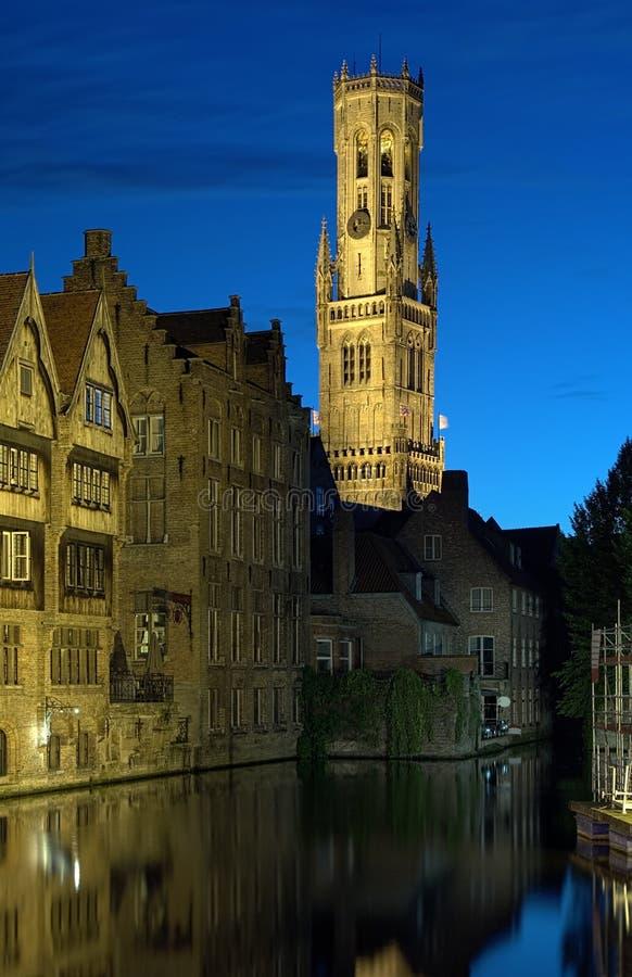 όψη πύργων βραδιού του Μπέλφορτ Βέλγιο Μπρυζ στοκ εικόνα με δικαίωμα ελεύθερης χρήσης