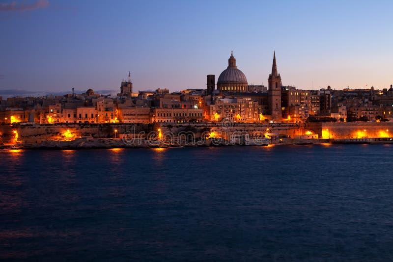 όψη valletta νύχτας της Μάλτας στοκ φωτογραφία με δικαίωμα ελεύθερης χρήσης