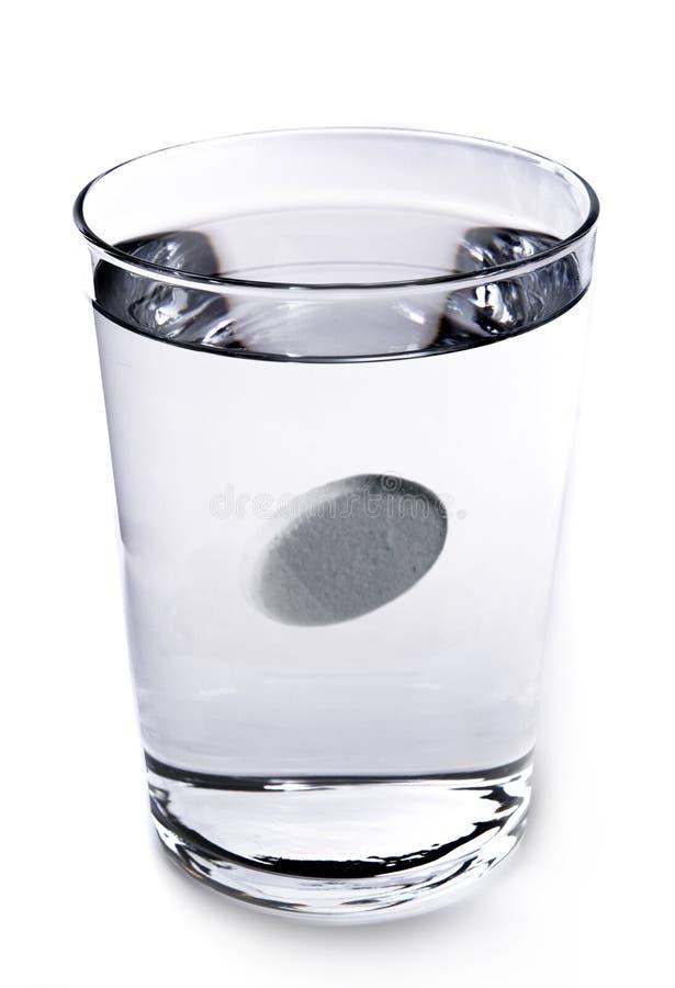 ύδωρ γυαλιού φαρμάκων στοκ εικόνες