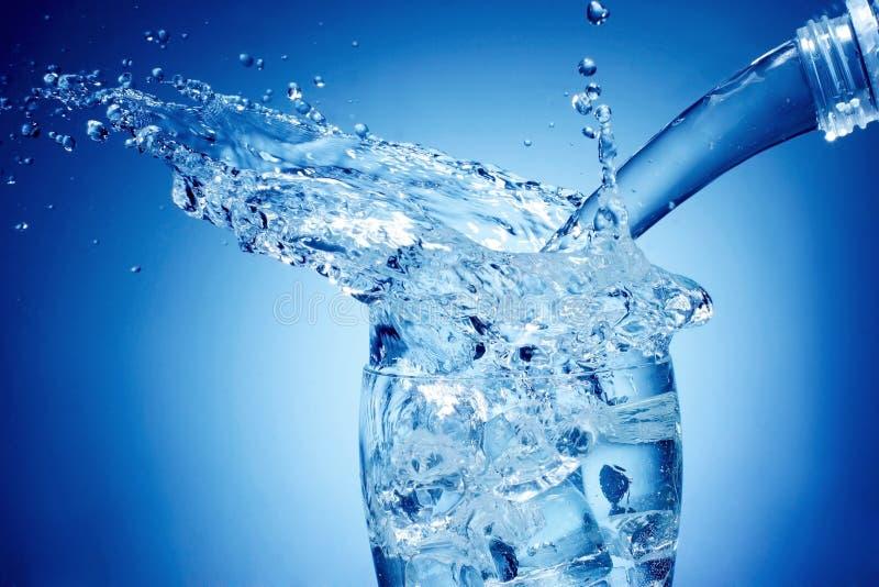 ύδωρ παφλασμών στοκ εικόνα