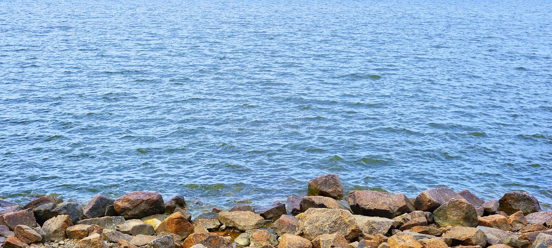 ύδωρ πετρών στοκ φωτογραφία
