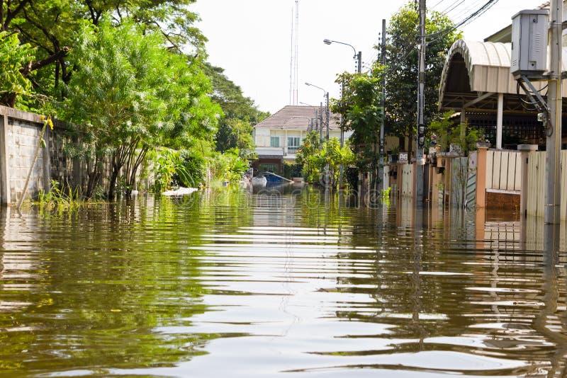 ύδωρ της Ταϊλάνδης πλημμυρώ&nu στοκ φωτογραφίες