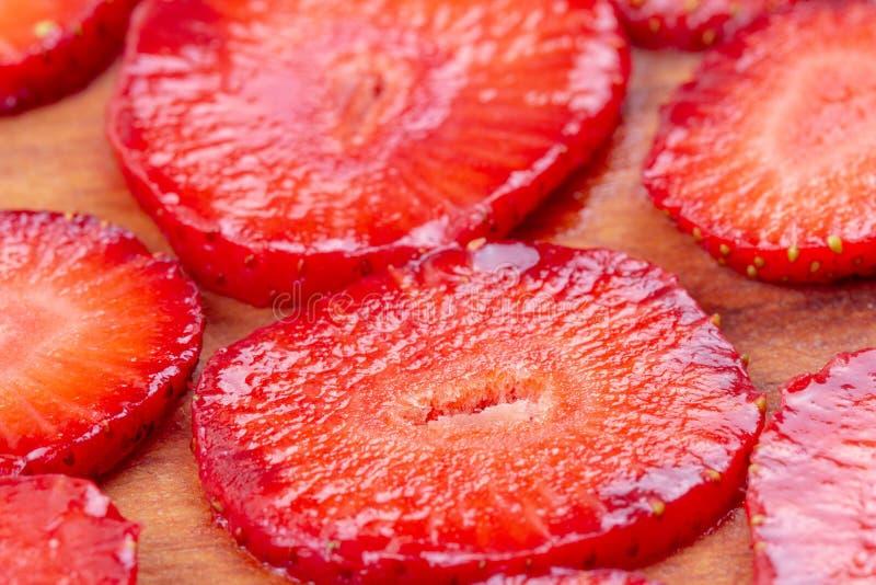 Ώριμοι νωποί καρποί μούρων φραουλών κόκκινοι, juicy φρεσκάδα στοκ εικόνες