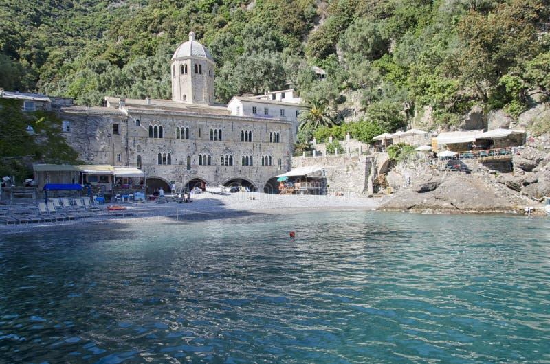 Аббатство Сан Fruttuoso около Portofino стоковое изображение rf