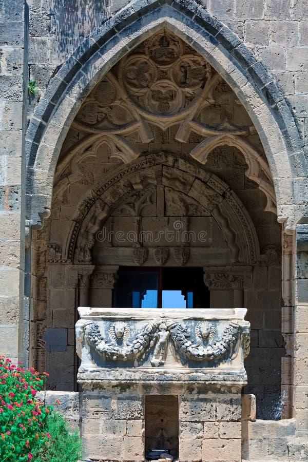 Аббатство Bellapais, Kyrenia, северный Кипр стоковые изображения