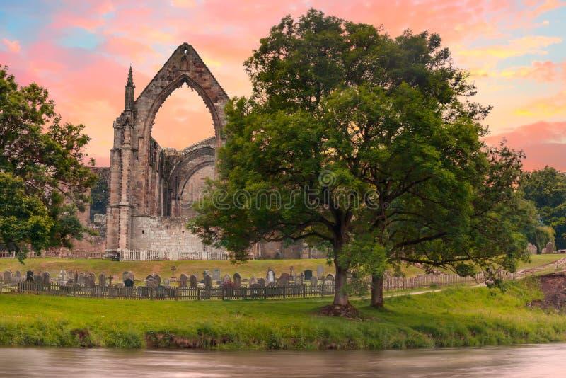 Аббатство Bolton в северном Йоркшире стоковые изображения rf