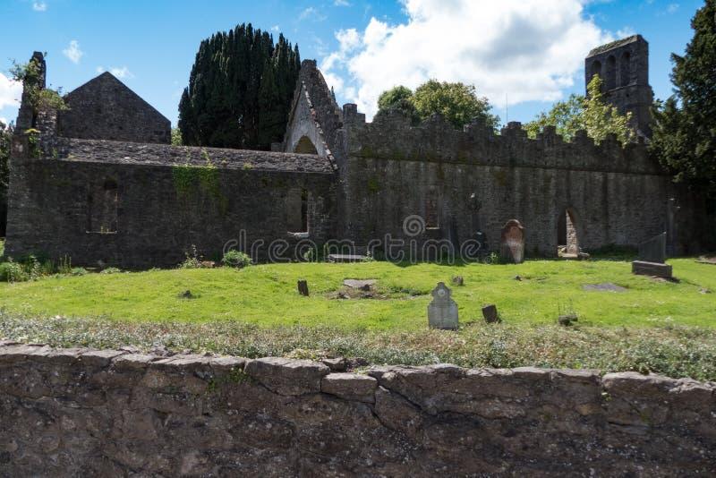 Аббатство Malahide, старый монастырь на основаниях замка Malahide стоковое фото