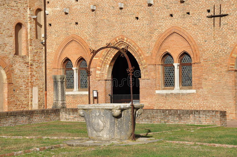 Аббатство Pomposa - бенедиктинский монастырь, Италия стоковое фото rf