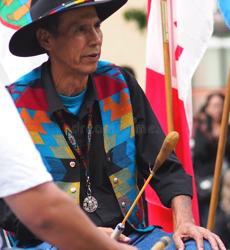 Аборигенный барабанщик стоковые фотографии rf