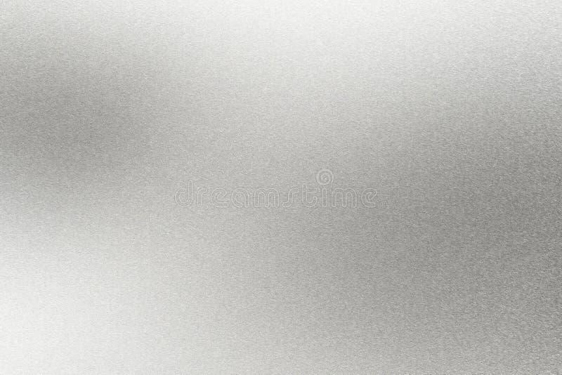 Абстрактная предпосылка текстуры, светлый светить на грубой серебряной стене металла бесплатная иллюстрация