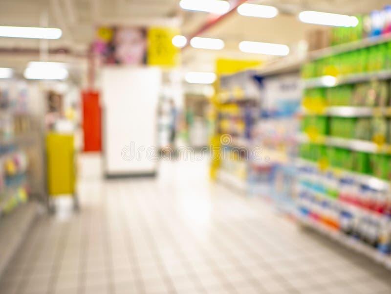 Абстрактное запачканное фото супермаркета без людей стоковое фото rf