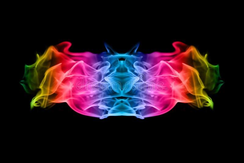 Абстрактное красочное пламя огня на черной предпосылке стоковые изображения rf