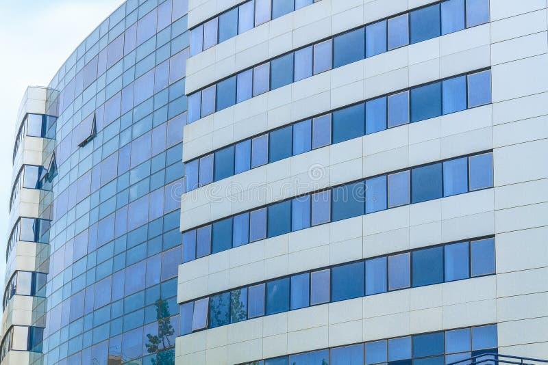 Абстрактное самомоднейшее здание стоковое изображение rf