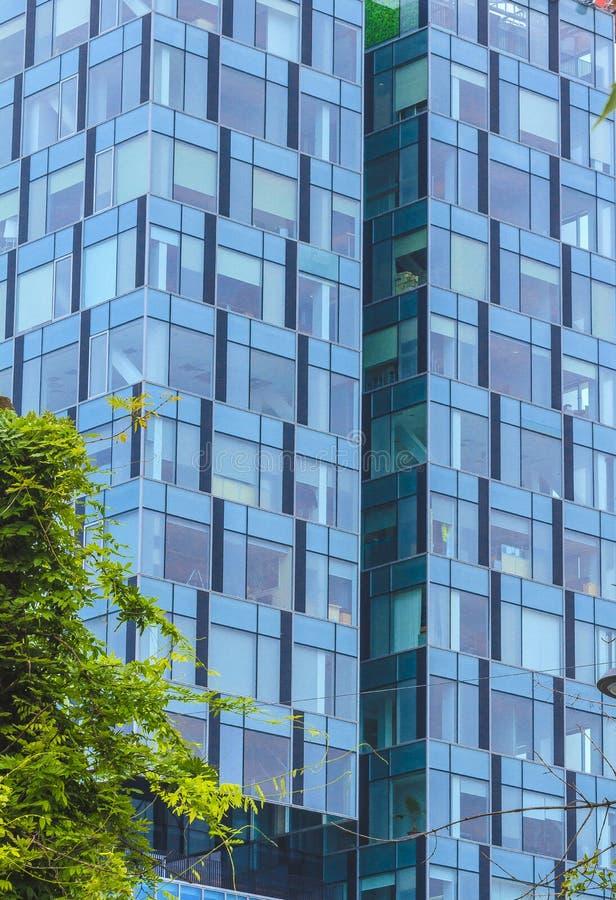 Абстрактное самомоднейшее здание стоковое изображение