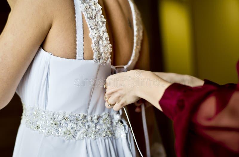 абстрактные детеныши венчания девушки платья невесты предпосылки стоковые фотографии rf