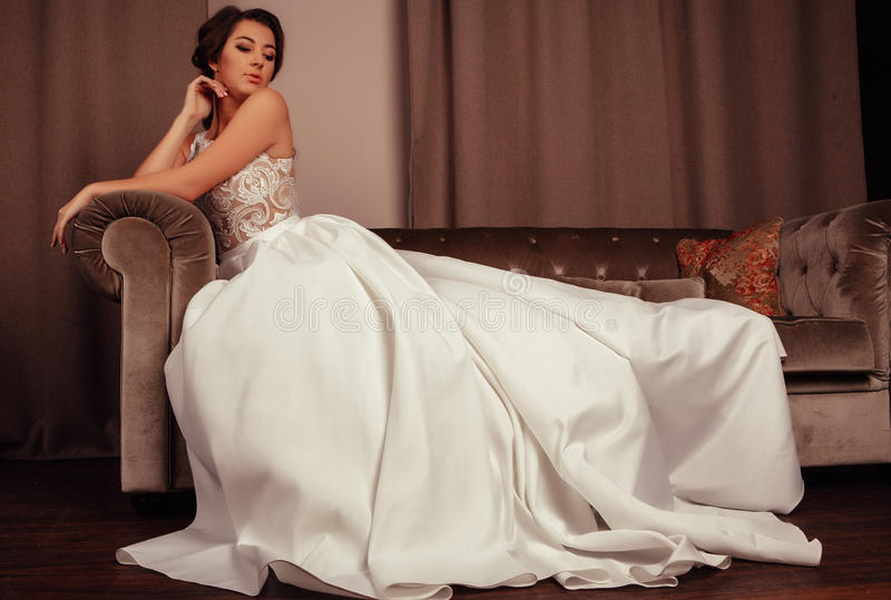 абстрактные детеныши венчания девушки платья невесты предпосылки стоковое изображение rf