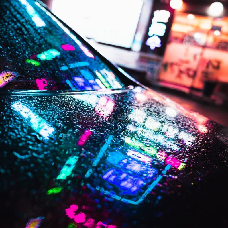 Абстрактные красочные отражения и дождевые капли стоковое фото rf