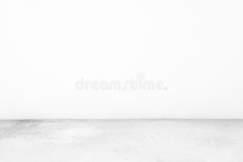 Абстрактные предпосылка комнаты белого цемента, соответствующая для представления, виска сети, фона, и делать Scrapbook стоковые изображения