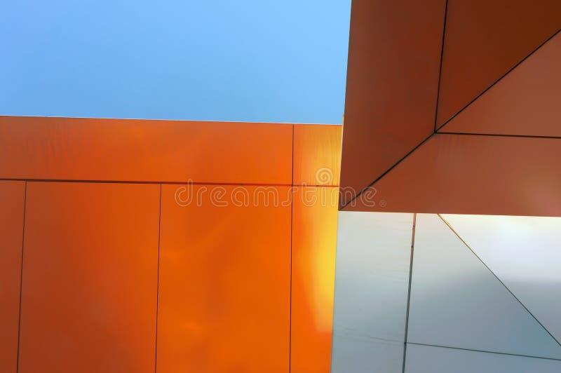 Абстрактный взгляд просвечивающего потолка стоковые изображения rf