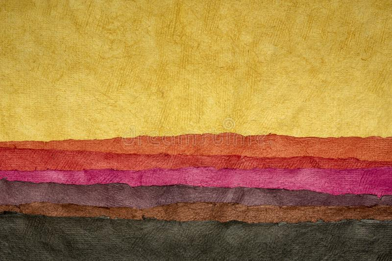 Абстрактный пейзаж - красочные текстурированные листы стоковое фото