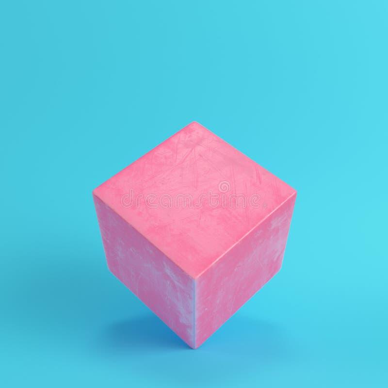 Абстрактный розовый куб с царапинами на яркой голубой предпосылке в p иллюстрация штока