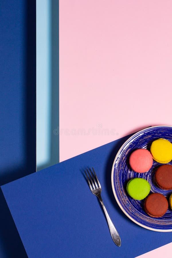 Абстрактный фон с вкусным, свежим красочные торты стоковая фотография rf
