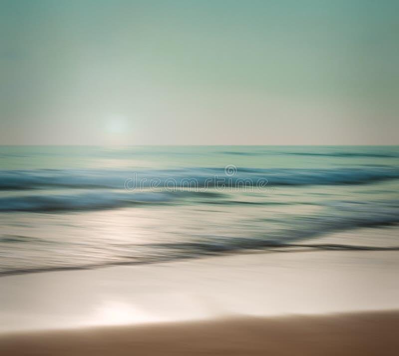 Абстрактный seascape с запачканным готовя движением на бумажном backgr стоковые изображения